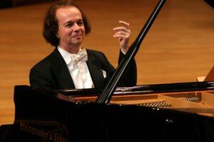 4 piana - Katsaris 3 F jpg Photo-Willy de Jong